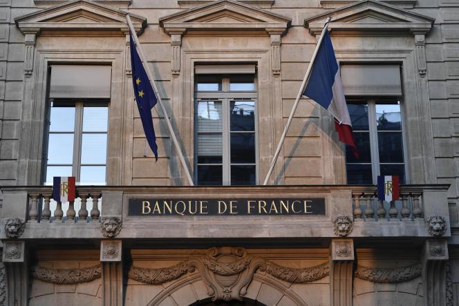 Devant la Banque de France, à Paris, le 15 janvier 2020.