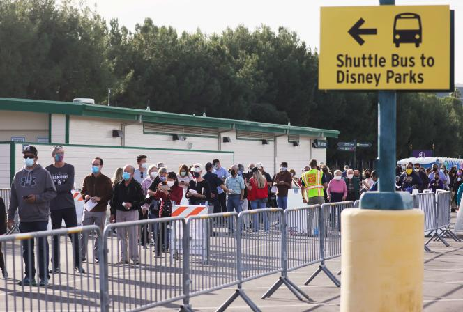 Californians are waiting for their vaccinations on Jan. 13 in the parking lot at Disneyland Amusement Park in Anaheim.