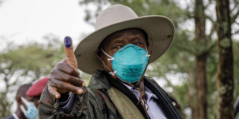 Ouganda: Yoweri Museveni réélu pour un sixième mandat; son principal adversaire dénonce des fraudes