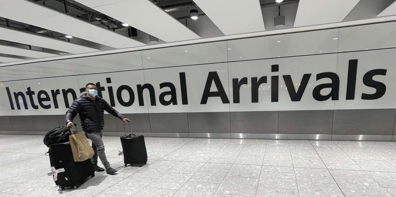 Covid-19 : le gouvernement français « très réticent » à l'idée d'un passeport vaccinal pour voyager en Europe