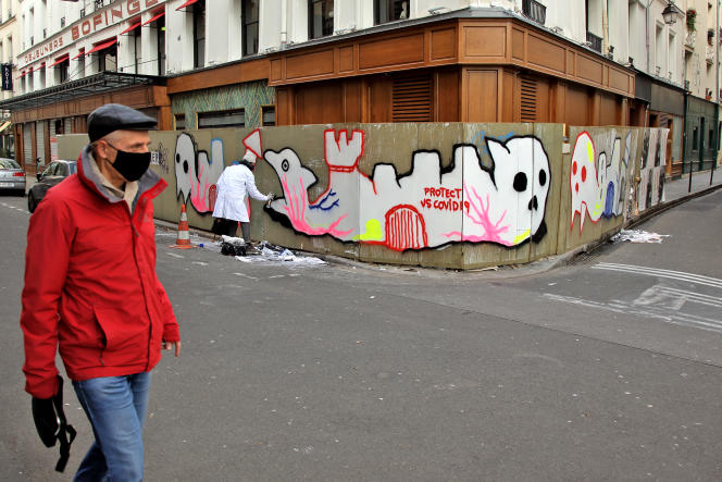 In the streets of Paris, the coronavirus inspires street artists