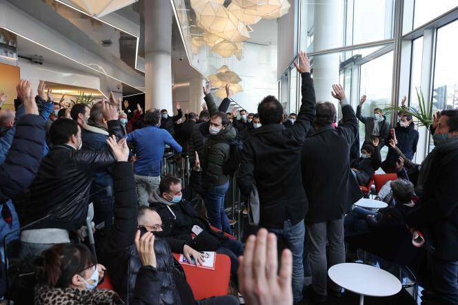 Un vote a été organisé durant l'assemblée générale de «L'Équipe» à Boulogne-Billancourt, lundi 18 janvier.