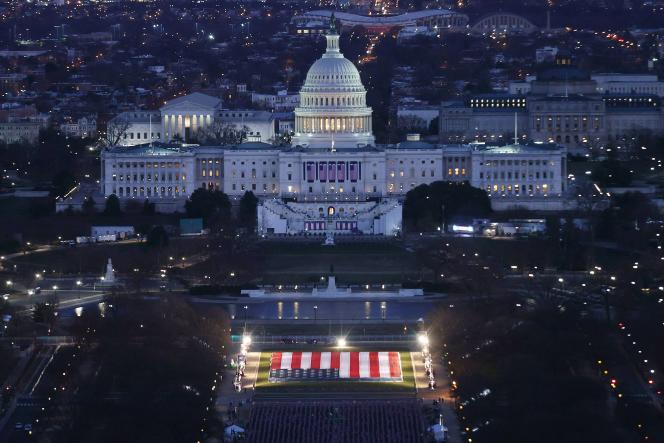 Le Capitole des Etats-Unis à Washington, DC, le 18 janvier, quarante-huit heures avant la cérémonie d'investiture de Joe Biden et Kamala Harris.