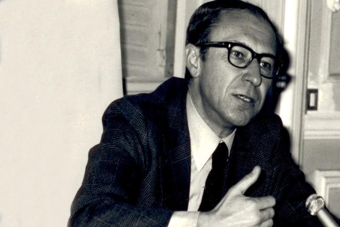 Jean-Louis Quermonne, dans les années 1960.
