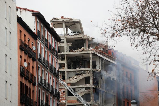 Madrid building explosion kills at least two