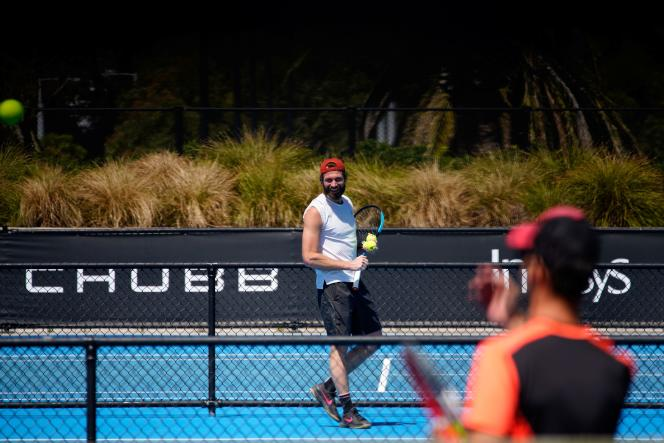 the quarantine imposed on tennis players arouses tensions