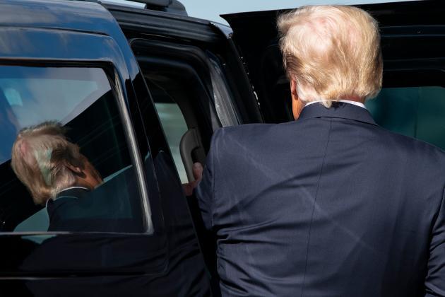 Donald Trump après son arrivée à Palm Beach, en Floride, le 20 janvier.