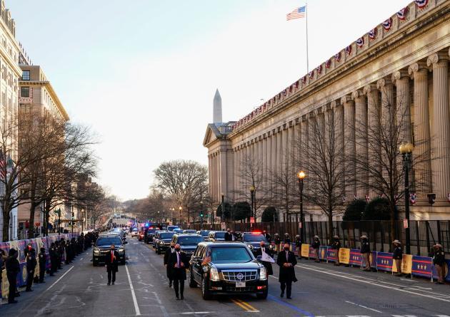 کاروان ریاست جمهوری در خیابان های واشنگتن.