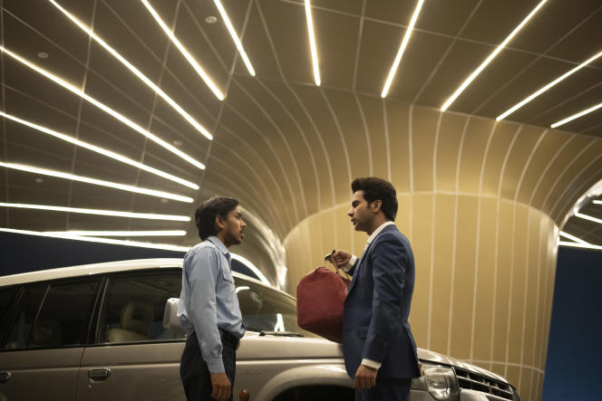 Balram(Adarsh Gourav) et Ashok (Rajkummar Rao) dans «Le Tigre blanc», de Ramin Bahrani.