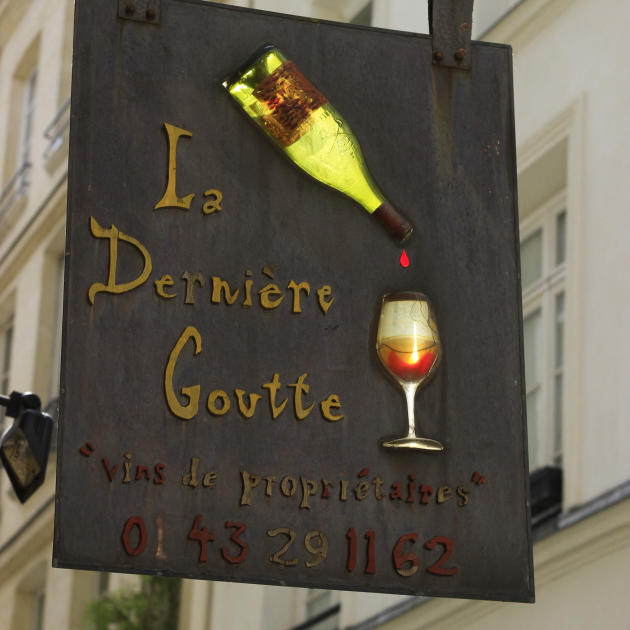 Enseigne d'un caviste, dans le 6e arrondissement de Paris.