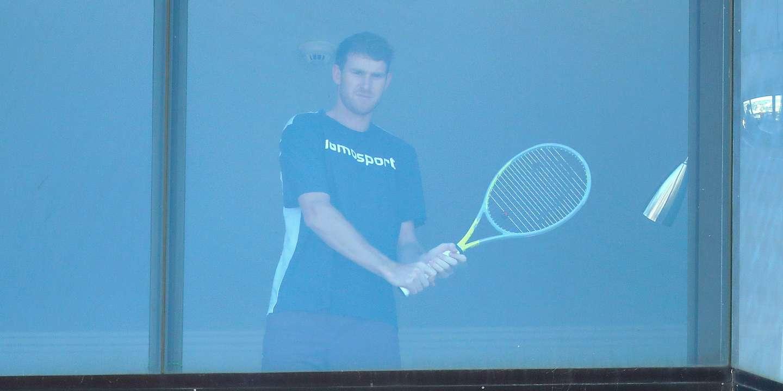 « Je n&#39;ai pas le droit de sortir de ma chambre » : avant l&#39;Open d&#39;Australie, les joueurs de <b>tennis</b> à l ...