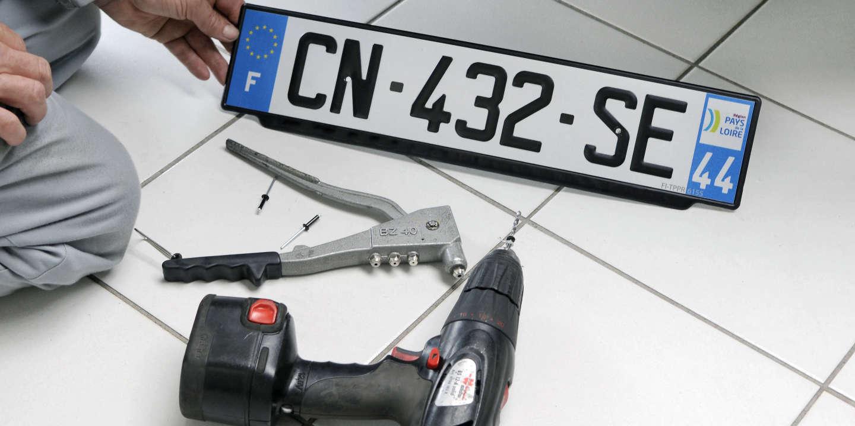 « Jusqu'où ira l'affaire éruptive de l'interdiction des autocollants vendéen ou breton sur les plaques d'immatriculation ? »