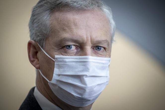 Le ministre de l'économie, Bruno Le Maire, au CNRS Paris-Saclay, à Palaiseau (Essonne), le 21 janvier.
