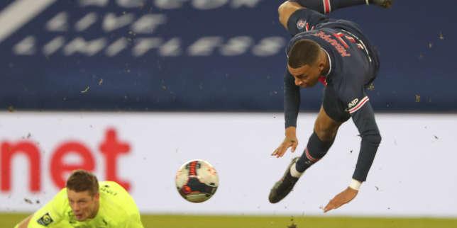 Ligue1: le PSG écrase un Montpellier réduit à 10 et prend seul la tête du classement