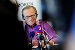 Larry King le 22 septembre 2011, lors d'une conférence de presse à Bratislava, en Slovaquie.