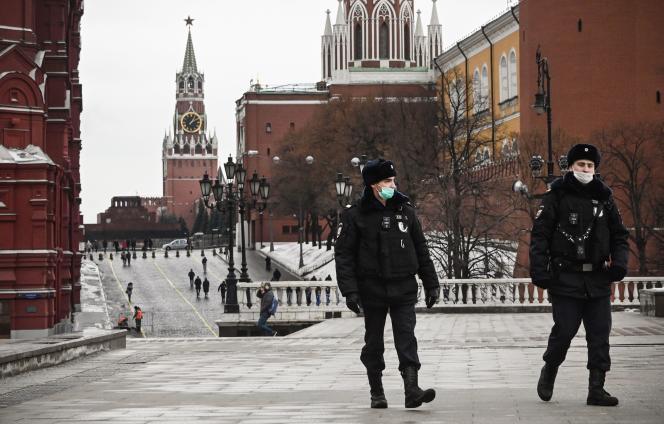 La diplomatie russe a affirmé que le pays se pencherait prochainement sur les grands réseaux sociaux dont la maison mère est située aux Etats-Unis.
