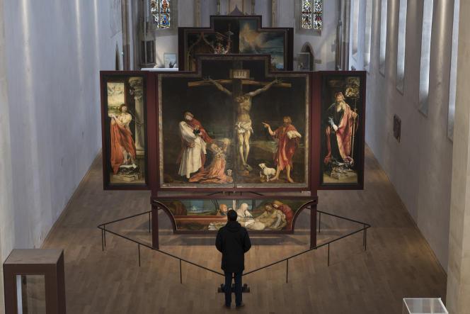 Le Retable d'Issenheim, peint par MatthiasGrünewald entre 1512 et 1516, exposé au Musée Unterlinden de Colmar (Haut-Rhin), en février 2019.