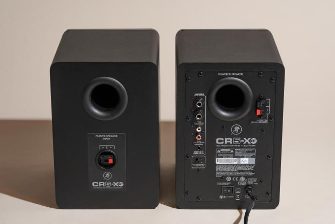 L'ensemble CR5-XBT dispose de nombreuses entrées, y compris des entrées symétriques TRS 6,35 mm de style professionnel, des entrées RCA et une mini jack 3,5 mm.