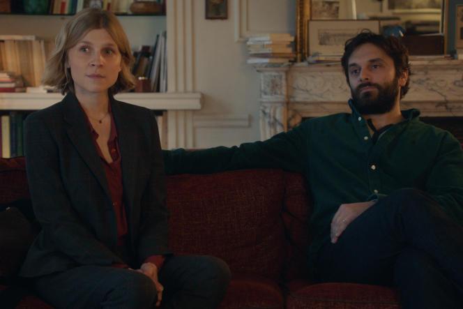 Léonora (Clémence Poésy) et Damien (Pio Marmaï) dans la série «En thérapie», d'Olivier Nakache et Eric Toledano.