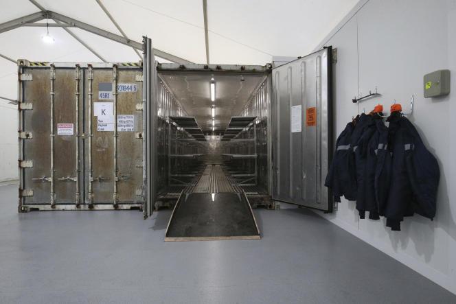Une unité de stockage,dans une morgue à Londres, le 14 janvier.