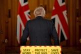 Le premier ministre britannique, Boris Johnson, après une conférence de presse sur le Covid-19, le 22 janvier à Londres.