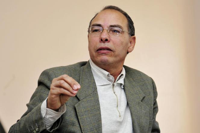 Maati Monjib, opposant et militant des droits humains, à Rabat, le 20 février 2014.
