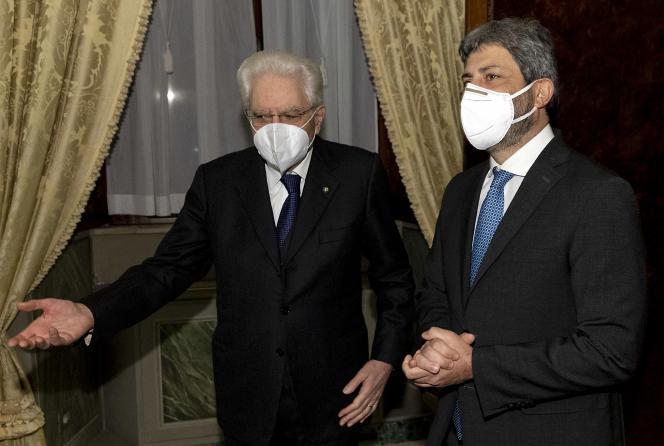 رئیس جمهور ایتالیا ، سرخیو ماتارلا در 29 ژانویه از روبرتو فیکو در کاخ کویرینال در رم استقبال می کند.