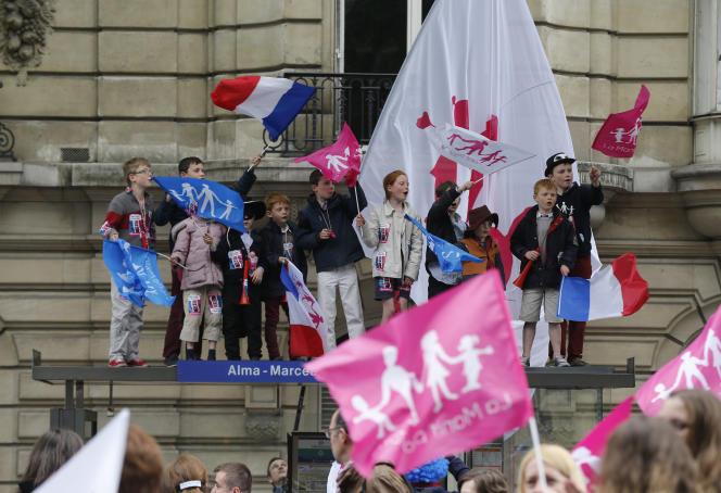 Lors d'un rassemblement de La Manif pour tous, à Paris, en mai 2013.
