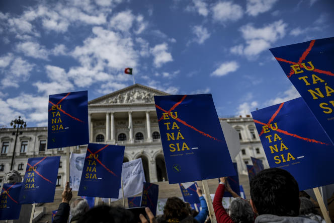 In Portugal, Parliament legalizes euthanasia