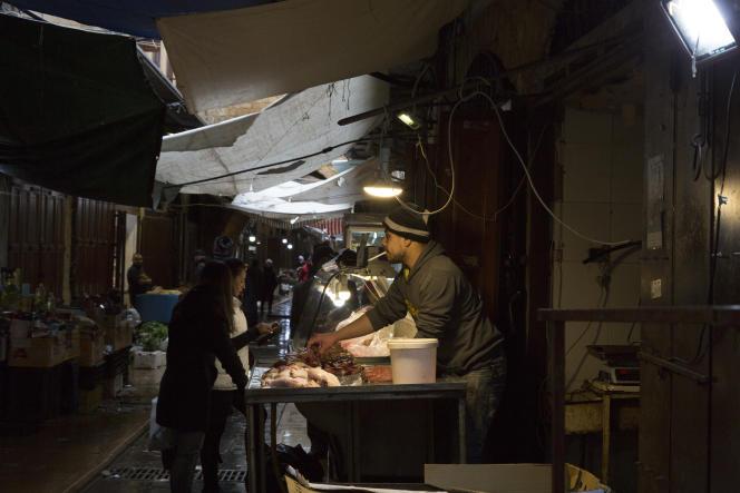 در بازار طرابلس ، شمال لبنان ، 29 ژانویه.