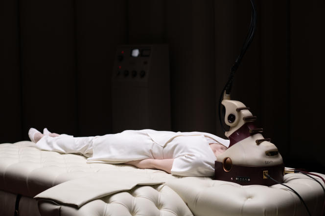 Andrea Riseborough dans« Possessor» (2020), de Brandon Cronenberg.