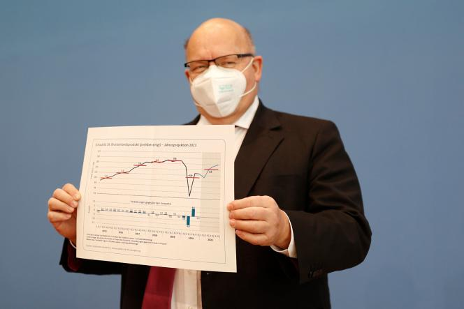 وزیر اقتصاد آلمان پیتر آلتمایر در یک نشست خبری در برلین در تاریخ 27 ژانویه.