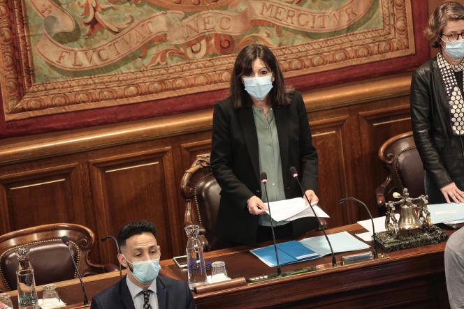 La Maire de Paris, Anne Hidalgo, lors du conseil municipal, le 2 février.