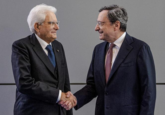 Le président italien Sergio Mattarella (à g.), accueille leprésident de la Banque centrale européenne Mario Draghi à la veille du changement à la tête de la BCE à Francfort, en Allemagne, le lundi 28 octobre 2019.