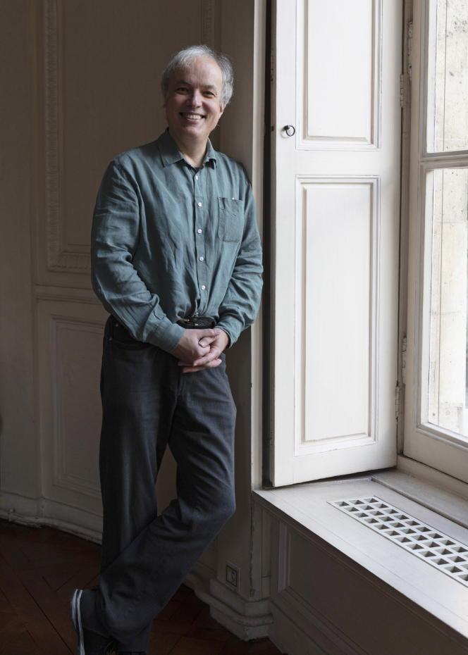 Le dessinateur, scénariste et écrivain Emmanuel Guibert, à Paris, en 2020.