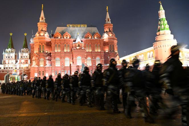 در طی تظاهرات حمایت از الکسی ناوالنی ، در مسکو ، در 2 فوریه 2021.