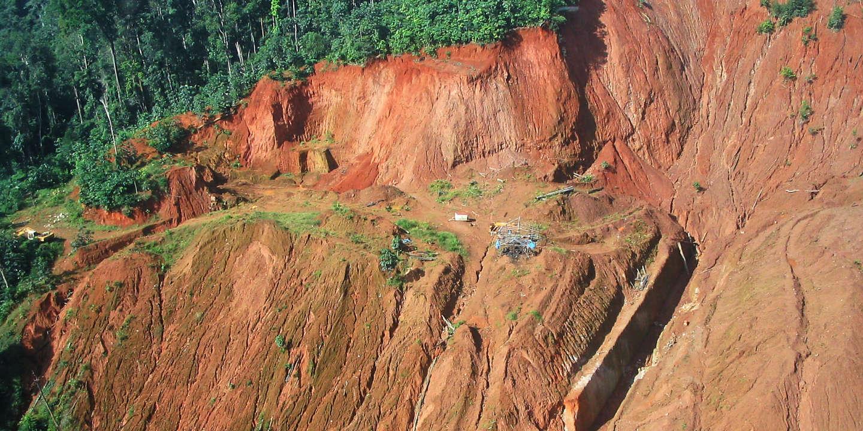 L'Etat réaffirme son opposition au projet minier «Montagne d'or», en Guyane
