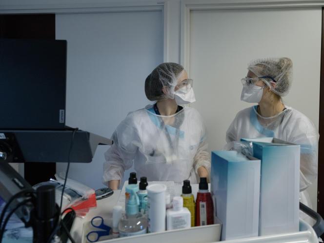 Au service cardiologie du Centre hospitalier d'Arras (Pas-de-Calais), le 2 février 2021.