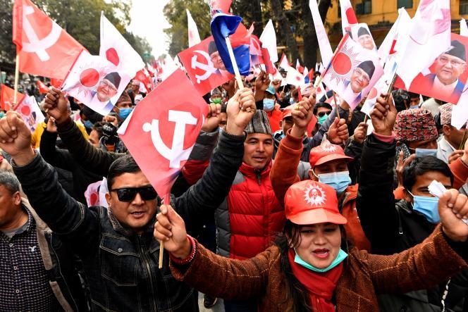 Eine Demonstration zur Unterstützung der Kommunistischen Partei Nepals unter der Leitung von Premierminister Oli am 5. Februar in Kathmandu.