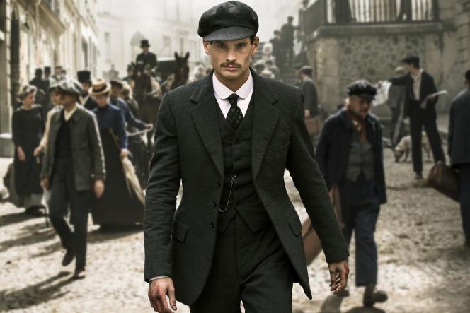 Jérémie Laheurte incarne l'inspecteur Antoine Jouin dans la série«Paris Police 1900».