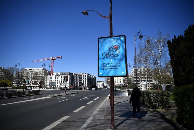 A Neuilly-sur-Seine (Hauts-de-Seine), le 23 mars 2020.