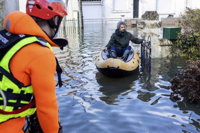 Cent quatre-vingt-dix personnes ont été évacuées par les secours.