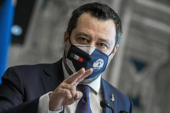 Le dirigeant de la Ligue (extrême droite), Matteo Salvini, s'adressant à la presse après sa rencontre avec Mario Draghi, à Rome, le 6 février.