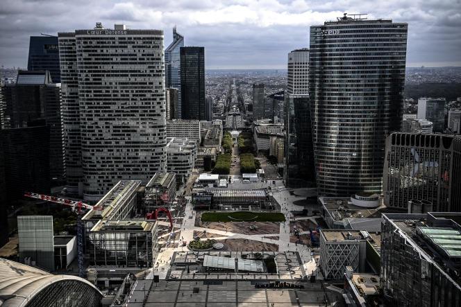 Le quartier d'affaires de la Défense, près de Paris, le 8 octobre 2020.