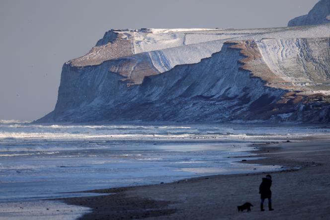 Le cap Blanc-Nez à Wissant (Pas-de-Calais), couvert de neige le 9 février.