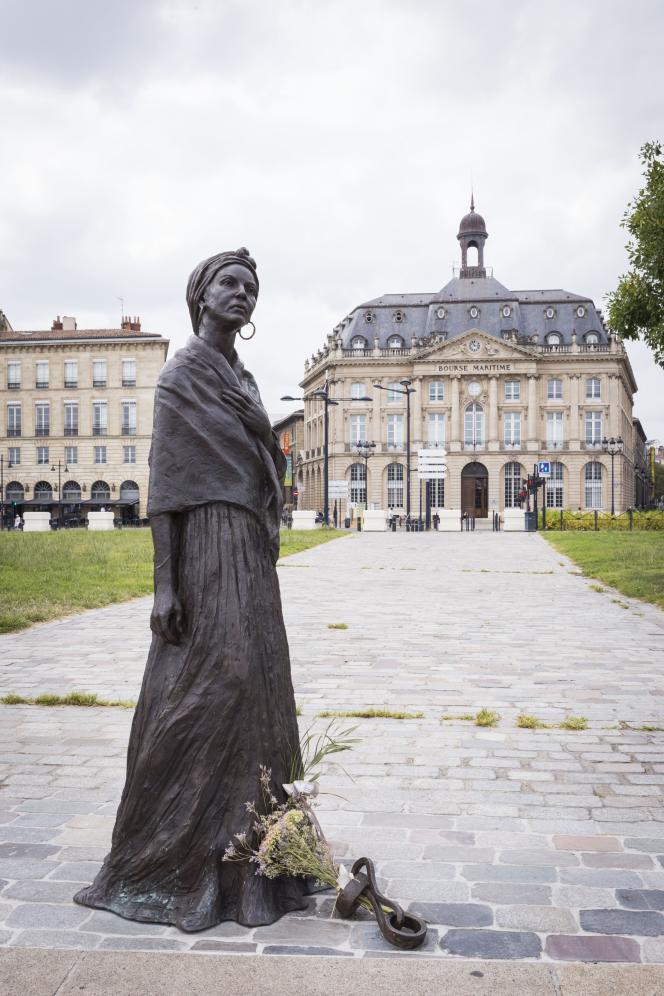 Modeste Testas (1765-1870), esclave puis affranchie bordelaise, sculpture de Filipo, inaugurée à Bordeaux en 2019.