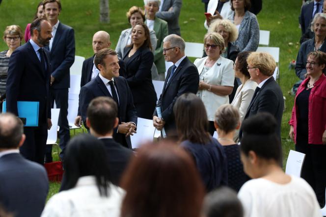 Emmanuel Macron lors d'une réunion avec les membres de la convention citoyenne sur le climat, à l'Elysée à Paris, le29 juin 2020.