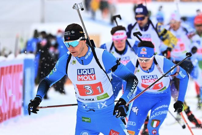 Emilien Jacquelin, lors du relais mixte des Mondiaux de Pokljuka, mercredi 10 février.