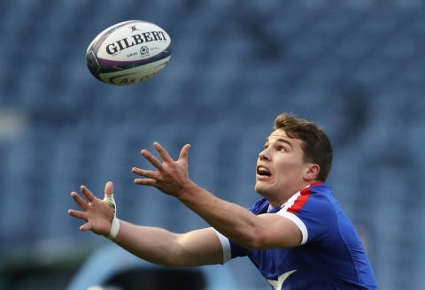 FILE PHOTO: Rugby Union - Autumn Nations Cup - Scotland v France - BT Murrayfield Stadium, Edinburgh, Britain - November 22, 2020 France's Antoine Dupont in action REUTERS/Russell Cheyne/File Photo