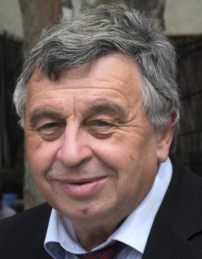 Roland Chassain, à Saint-Martin-de-Crau (Bouches-du-Rhône), le 8 juin 2012.